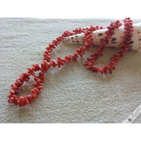 Vintage Natural Deep Red Coral Necklace
