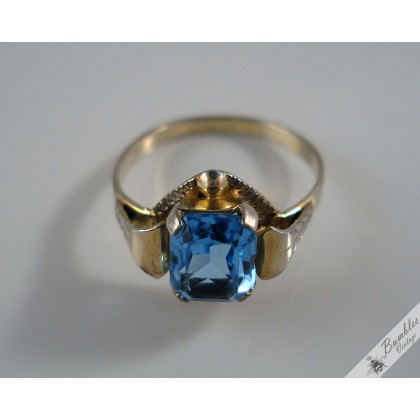 Vintage Gold Over Silver Gilt Vermeil Solitaire Petite Ring with Blue Faceted Stone c1960