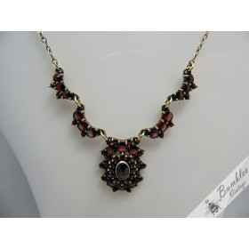 Lovely Vintage Bohemian Garnet and Almandine Gilt Necklace