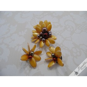 Fabulous Vintage Yellow Fruit  Salad Brooch and Clip On Earrings Demi Parure Set