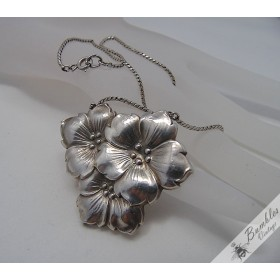 Czechoslovakian Sterling Silver Vintage Flower Lavaliere Floral Necklace