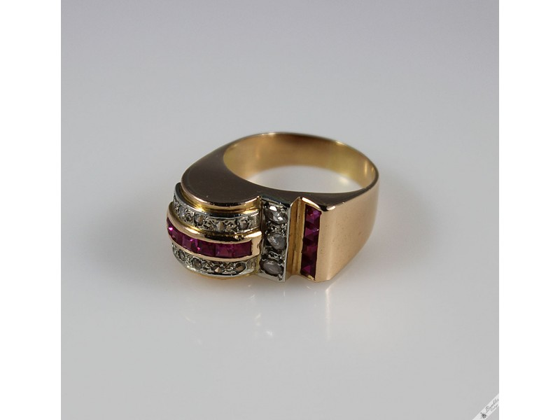 Gold Diamond And Ruby Rings