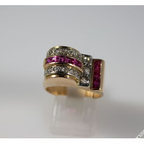 Unique Vintage Art Deco 18K Yellow Gold Diamond Ruby Cocktail Ring c1930