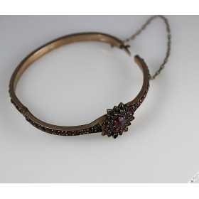 Antique Victorian Bohemian Garnet European Bangle Bracelet c1850s