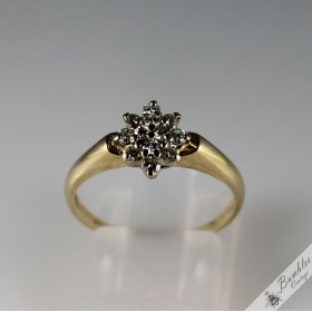 Vintage 0.25ct Diamond Floral Star Cluster Ring 9k Gold Size N, 6.75 c1970