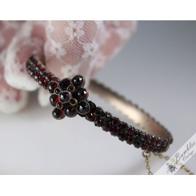 Antique Rose Cut Bohemian Garnet Hinged Bangle Victorian c1850