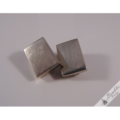 c1980 Vintage Retro Mexican Sterling Silver Square Clip On Earrings