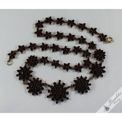 c1900s Antique Table Top Cut Victorian Bohemian Garnet Cluster Star Necklace