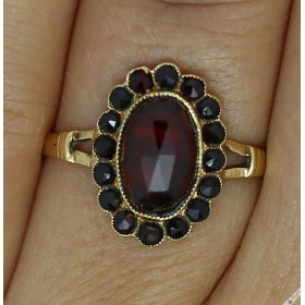 Antique European 14k Gold Bohemian Garnet Ring Czech sz Q, 8.25