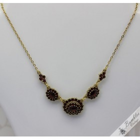 Vintage Bohemian Garnet Classic Flower Gilt European Necklace