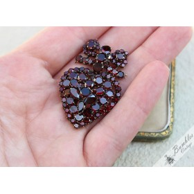 Rare Large Antique Victorian Table Top Cut Bohemian Garnet Heart Cluster Pendant Tomak