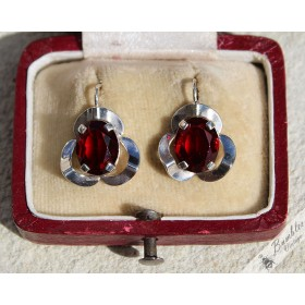 Vintage Bohemian Art Deco Red Glass Simulated Garnet Silver Earrings