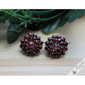 c1940s Vintage Bohemian Garnet Cluster Flower Earrings 800 Silver
