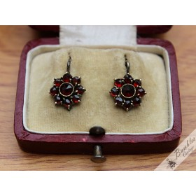 Antique Victorian Era Bohemian Garnet Flower Cluster Earrings Tombak Collectable