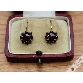 14k Solid Gold Vintage Bohemian Garnet Flower Cluster Earrings