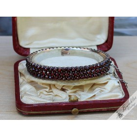 c1880 Victorian Bohemian Garnet Three Row Rose Cut Bracelet Tomak (small)