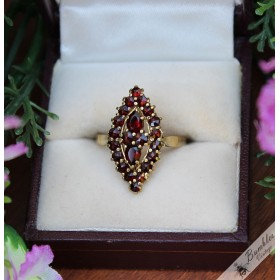 Vintage 14k Gold Bohemian Garnet Diamond Shaped Cluster Ring size P, 7.75