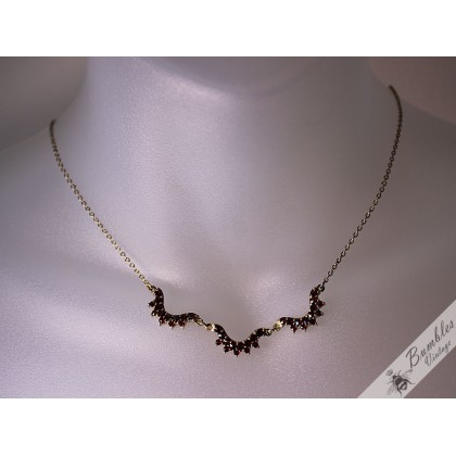 Vintage Bohemian Garnet Simple Garland Lavalier Necklace