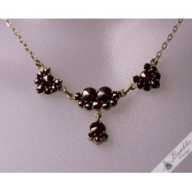 Vintage Bezel Set Bohemian Garnet Lavalier Drop Necklace