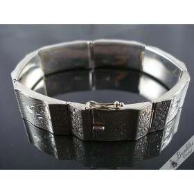 Vintage Silver Hinged Etched Hollow Bracelet European c1940s