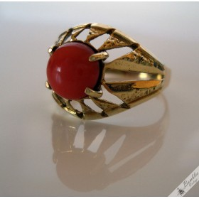 Natural Coral Cabochon 14k Gold High Set Vintage Ring  European c1950