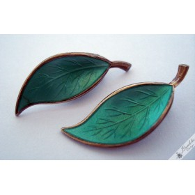 Vintage Winnaess David Andersen Norway Sterling Silver Green Enamel Leaf Earrings