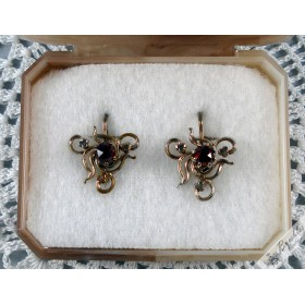 Vintage Bohemian Garnet Earrings circa 1910-1920