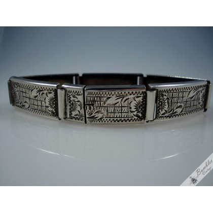 Vintage Etched Ornate Hinged 900 Silver Bracelet Czech c1940