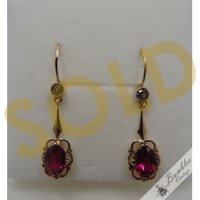 Vintage 14k Gold Bohemian Dangle Drop Lever Earrings Ruby c1920