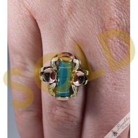 c1960 14k Gold Vintage Czechoslovakia European Green Agate Cocktail Ring
