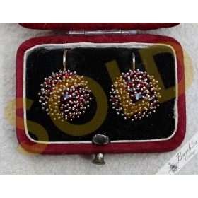 Vintage Bohemian Garnet 4 Tier Cluster Flower Earrings Silver Gilt
